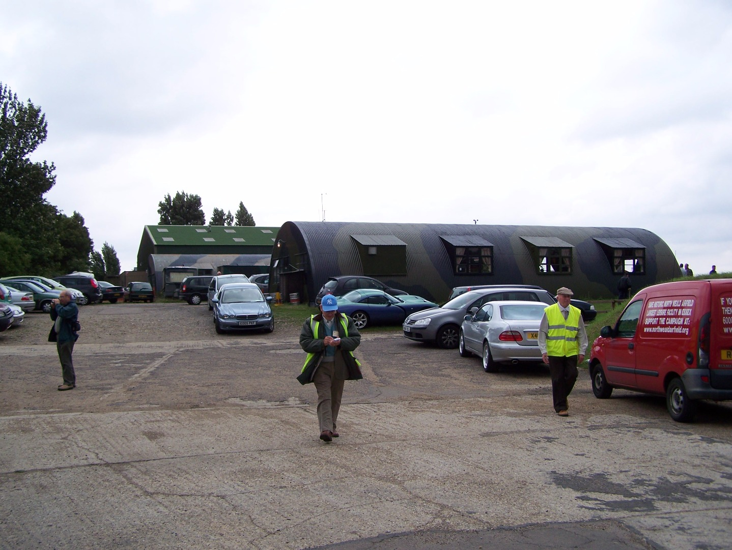The Squadron club facility (20:08:2006).JPG