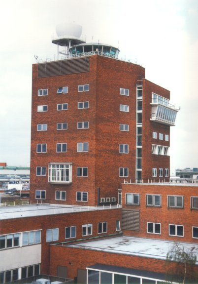 1950s control tower - Nick Challoner.jpg