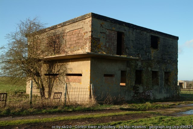 geograph-496825-by-Mac-Hawkins.jpg