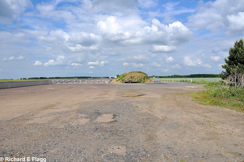 009Runway 05:23. Looking north east from the runway 11:29 intersection - 24 June 2010.png
