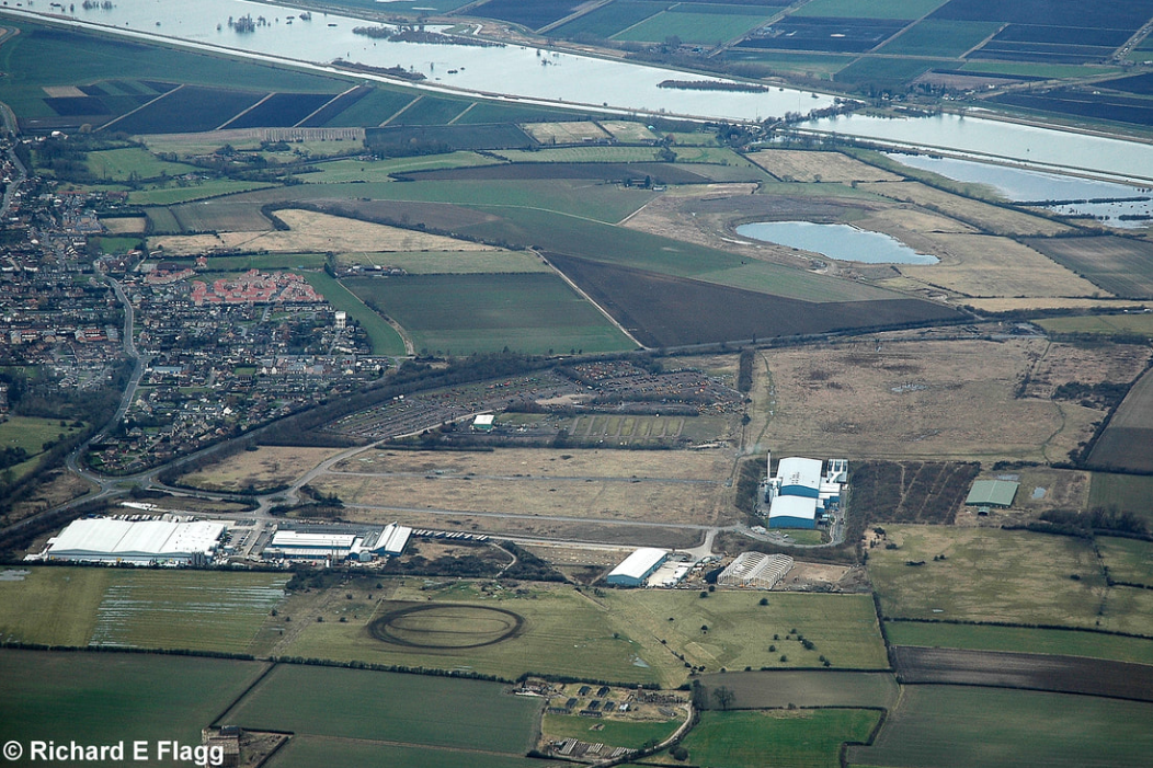 015Aerial View of RAF Mepal Airfield - 22 February 2009.png