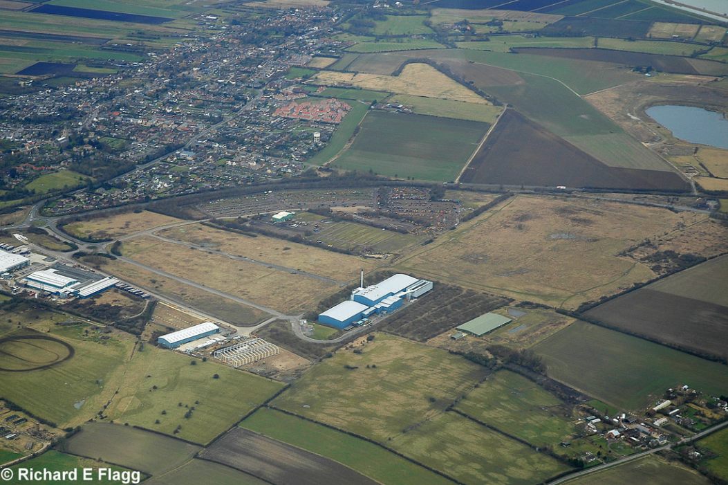 017Aerial View of RAF Mepal Airfield 2 - 22 February 2009.png