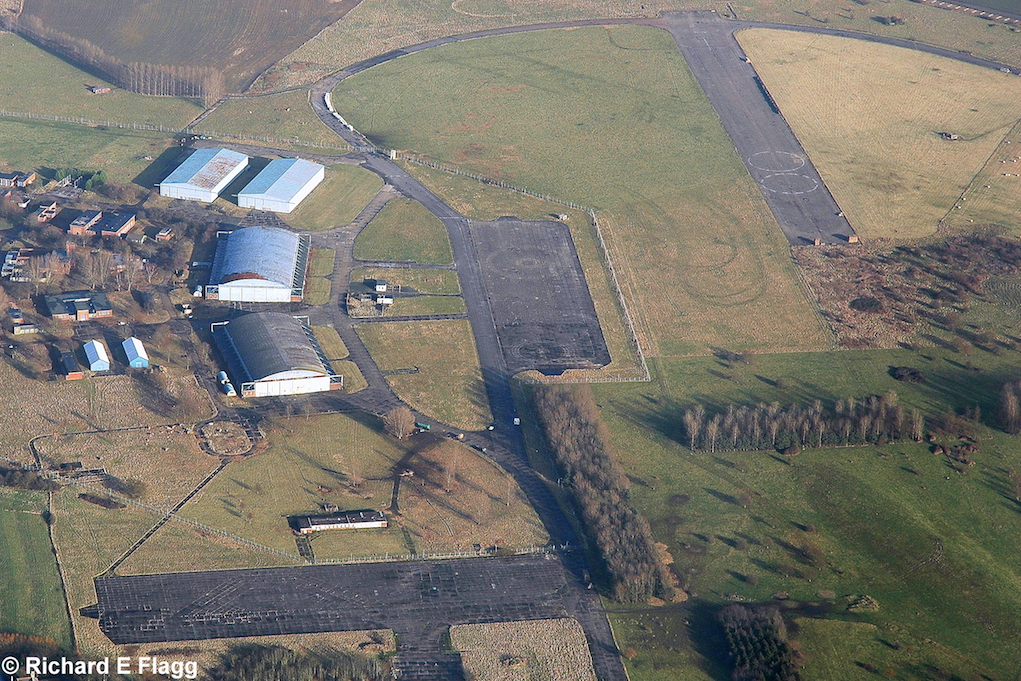 006Aerial View. RAF Oakington Airfield 2 - 5 January 2008.png