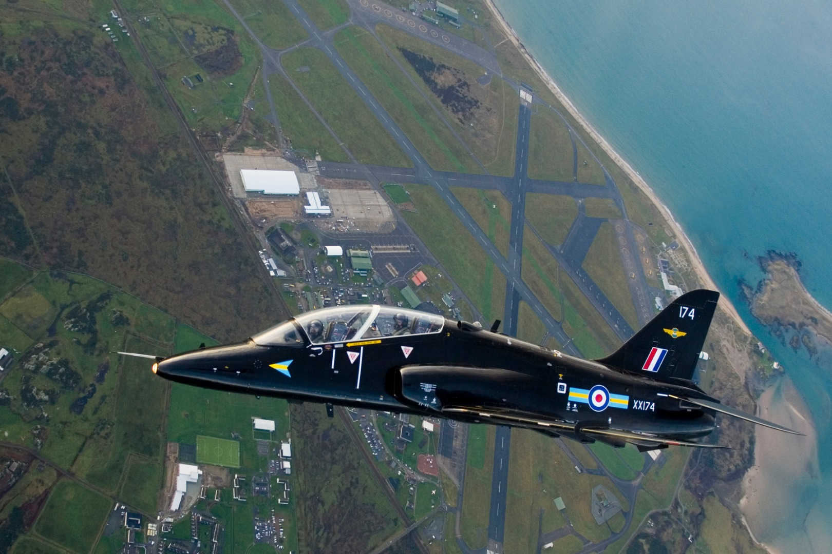 005Hawk_Aircraft_over_RAF_Valley_MOD_45151330.jpg