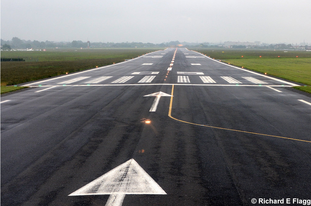 013Runway 05:23. Looking north east from the runway 05 threshold - 30 May 2018.png