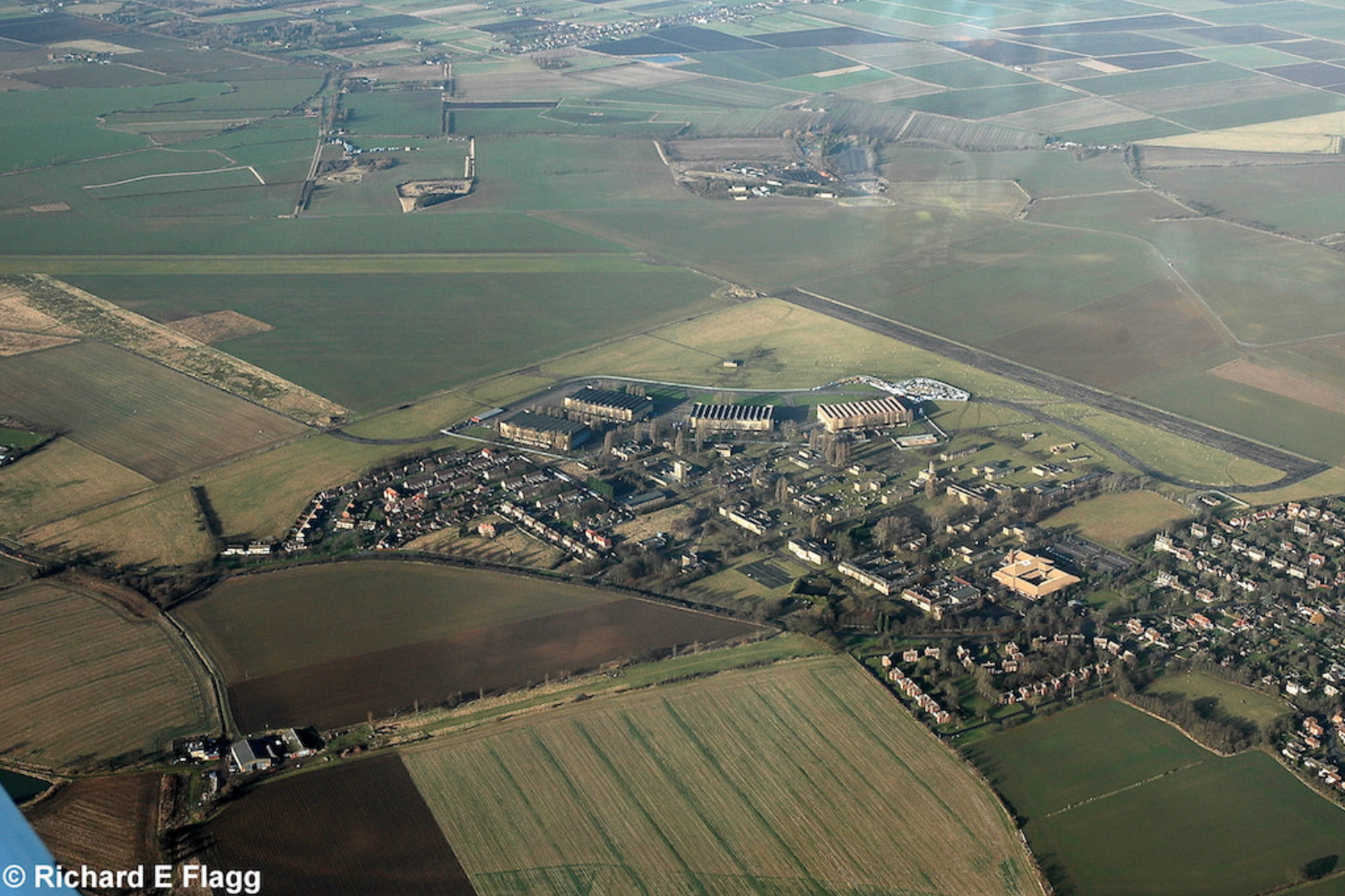 006Aerial View of RAF Upwood Airfield - 5 January 2008.png