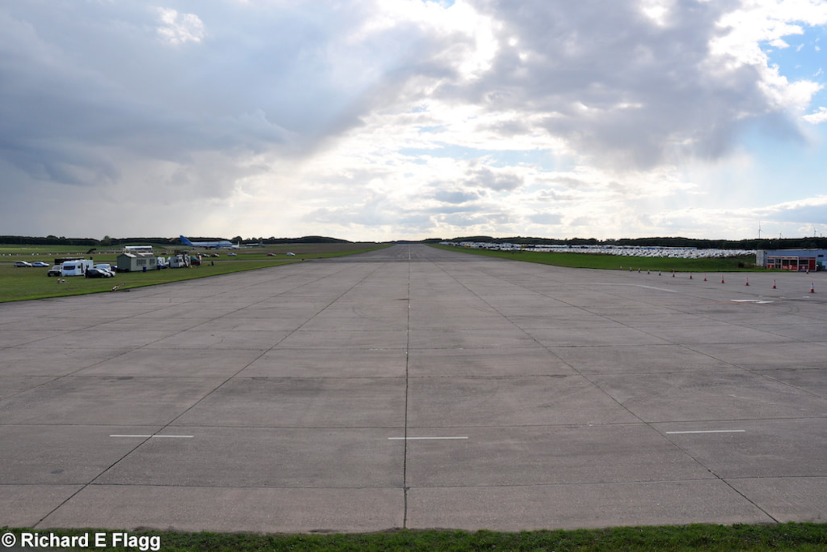 001Runway 06:24. Looking south west from the runway 24 threshold - 28 August 2011.png